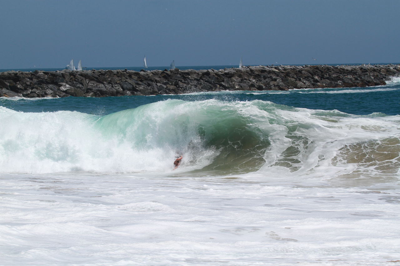 Bodysurfing at the Wedge in Newport Beach