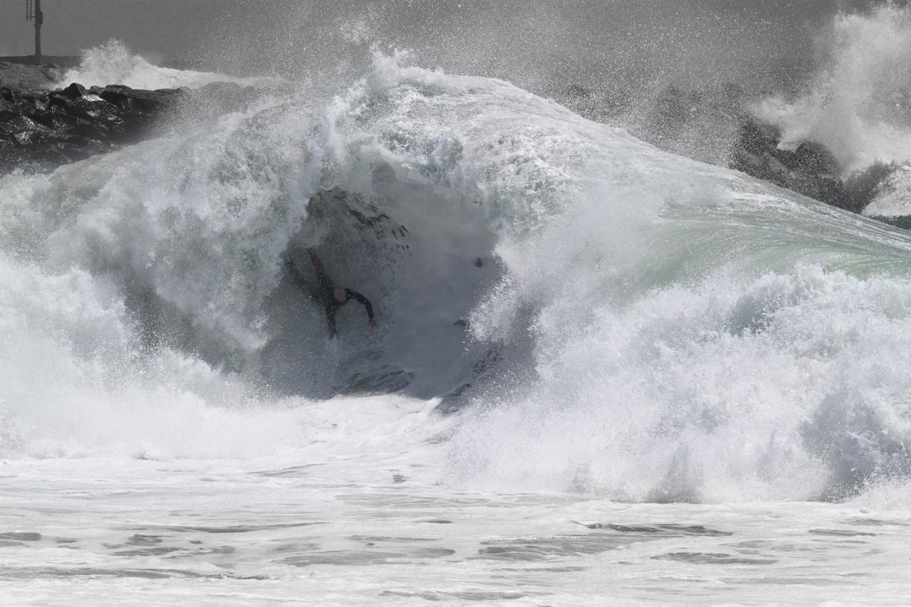 Thomas VanMelum goes spelunking at The Wedge | Newport Beach, CA 9/27/14